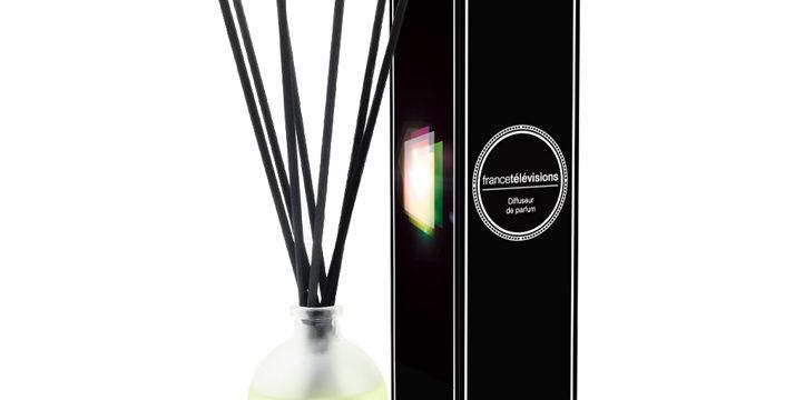 Boite et étiquette pour parfum d'ambiance, 100% l'agence, 2016.
